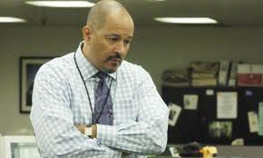 gus the newspaper editor in the wire